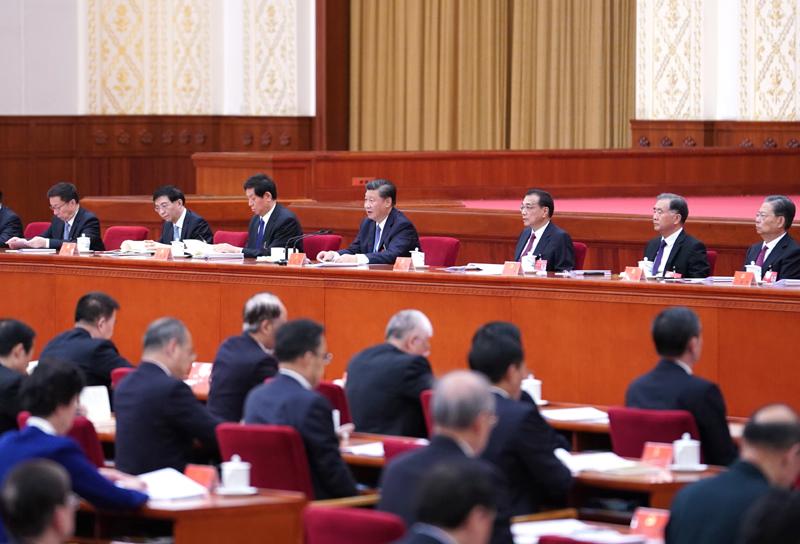 中國共產黨第十九屆中央委員會第五次全體會議,于2020年10月26日至29日在北京舉行。這是習近平、李克強、栗戰書、汪洋、王滬寧、趙樂際、韓正等在主席臺上。新華社記者 殷博古 攝